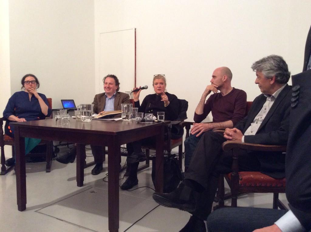 Van links naar rechts Gluklya, Sjeng Scheijen, Hedwig Feijen, Koen van Dijk en Lionel Veer.